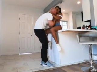 Johnny Sins -  Sexy New  Neighbor Comes to Introduce Herself!