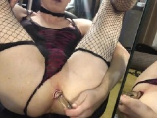 Deep Anal in the mirror with a squirt cum