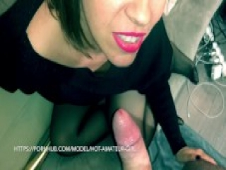 stepmother fucker on the sofa, her tight wet pussy take a big orgasm