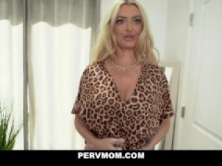 Magnificent Milf Linzee Ryder Shows Stepson Her Green Sexy Lingerie