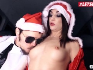 Bums Bus - CHRISTMAS CAR SEX ! German Babe Lullu Gun Fucks And Sucks Random Guys - LETSDOEIT
