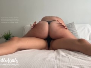 Real Amateur Lesbian Couple Fucking Caught On Iphone - JellyFilledGirls