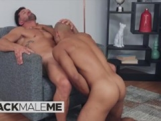 Blackmaleme - Cute Chris Gets Sucks Muscly Brysen's Cock & Then Hops Up To Ride It After A Workout