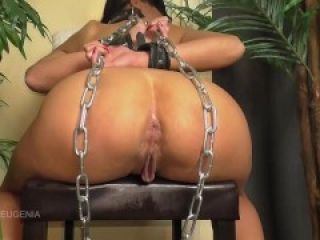 Anal slut Queen Eugenia needs to be disciplined (Preview)