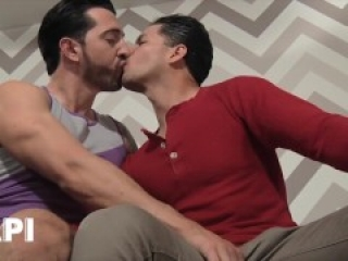 Papi - Jimmy Durano Offers To Show His Stepbrother Jorge Fusco How Good It Feels To Be With A Man