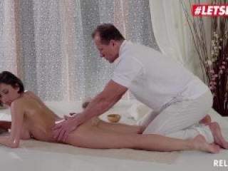 Relaxxxed - Big Tits Babe Ana Bell Evans Erotic Anal Massage - LETSDOEIT